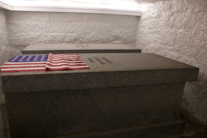 Tombs of John Quincy Adams and Louisa Catherine Johnson Adams.