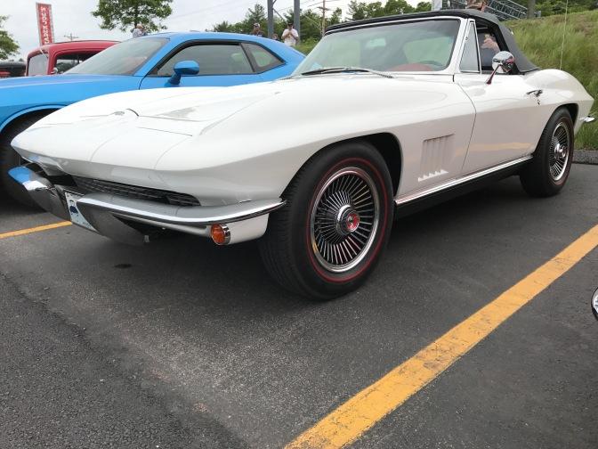 2nd generation Chevrolet Corvette.