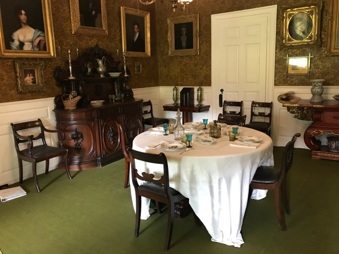 Dining room in the Longfellow House.