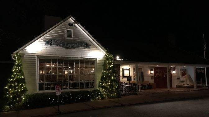 Exterior of Historic Smithville Inn at night.