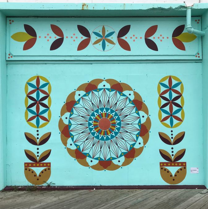 Decorate flowers mural.