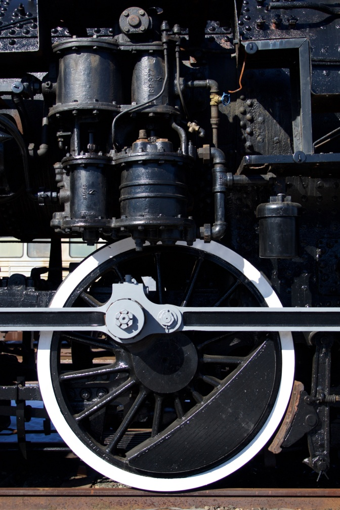 Wheel and suspension of 1455 steam locomotive.