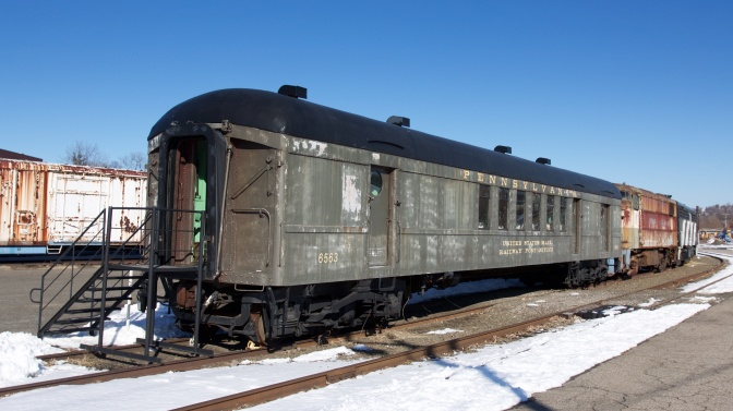 Exterior of PRR 6507 postal car.