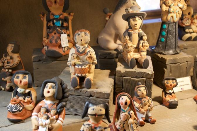 Pueblo Storyteller statues of woman with children.