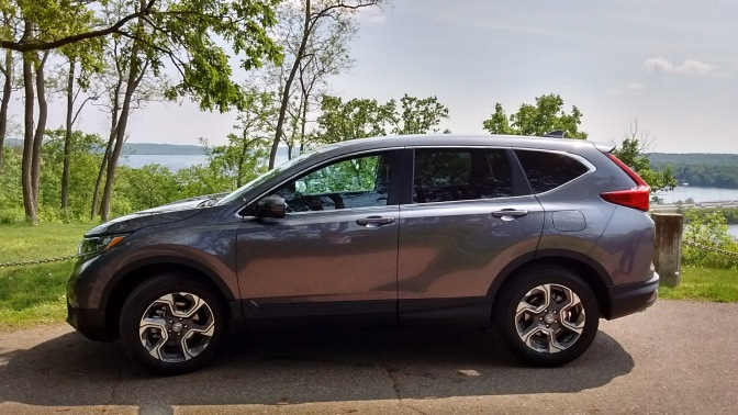 2019 Honda CR-V in gray, parked in the bluffs above the St. Croix river.