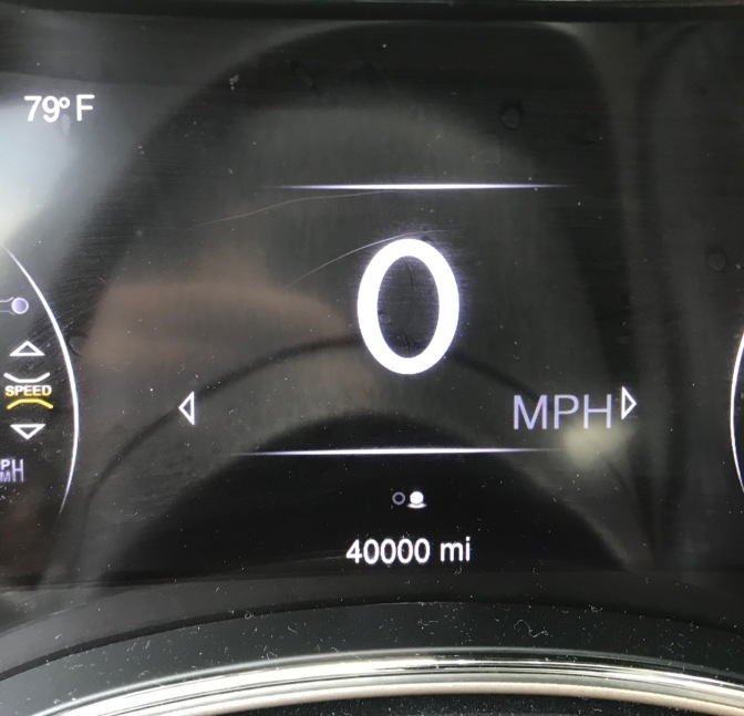 Jeep Grand Cherokee odometer reading 40,000 miles.