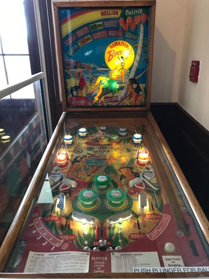 """Hawaiian Beauty"" pintball machine."