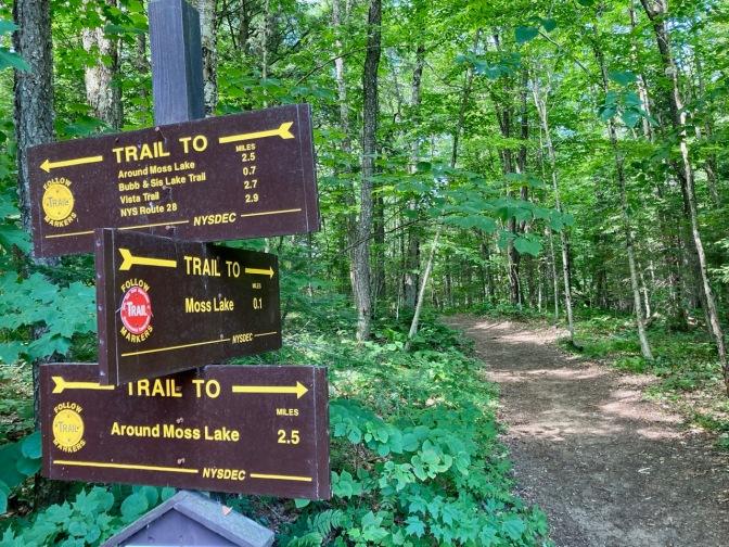 Trailhead signage for Moss Lake.