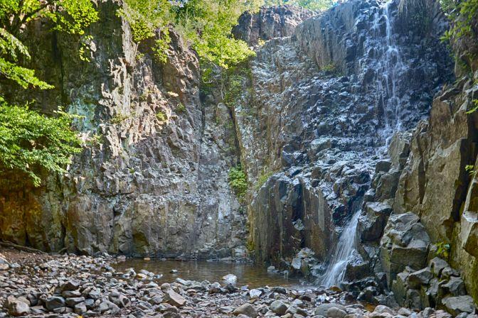 View of Hemlock Falls.
