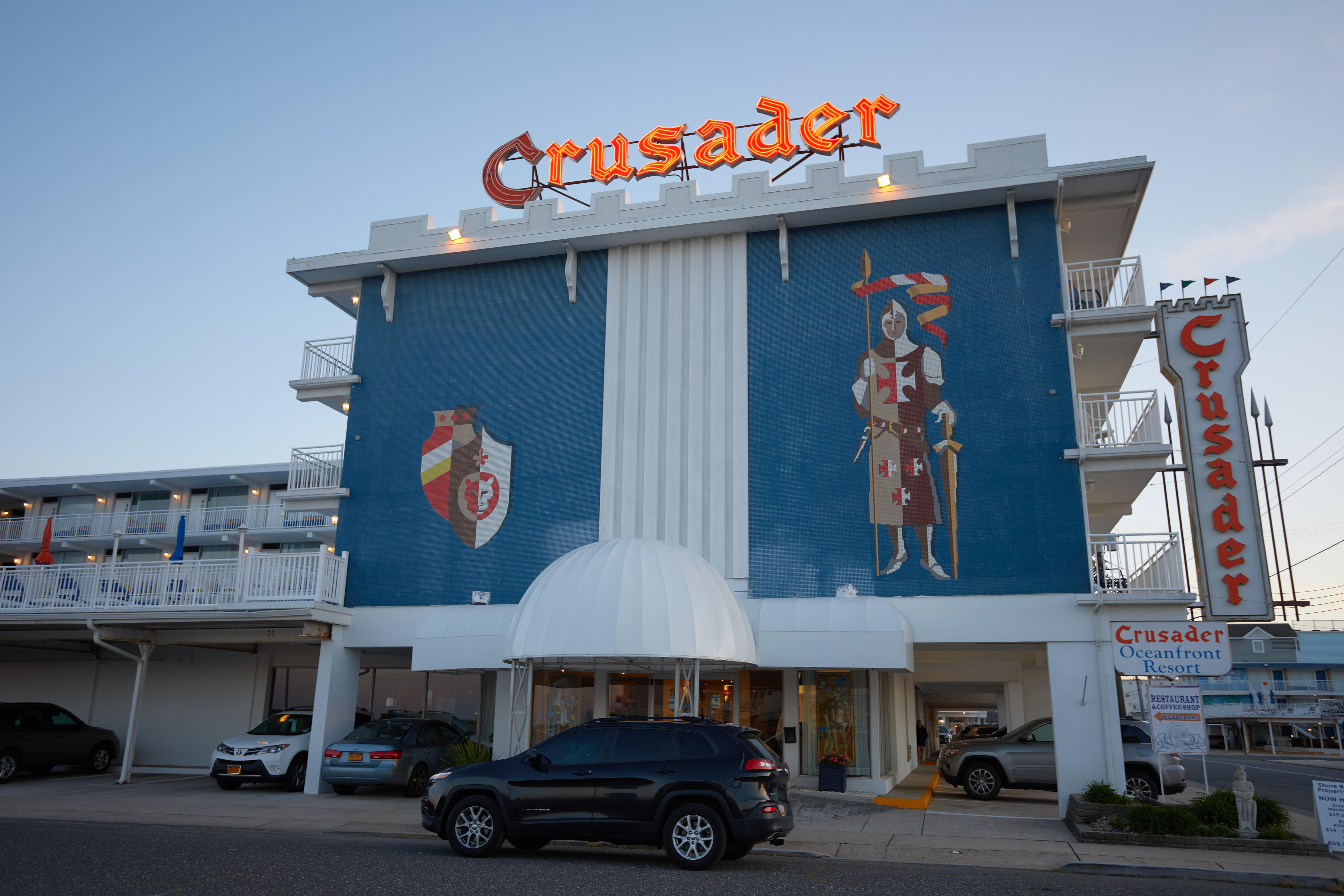 Exterior of Crusader Motel
