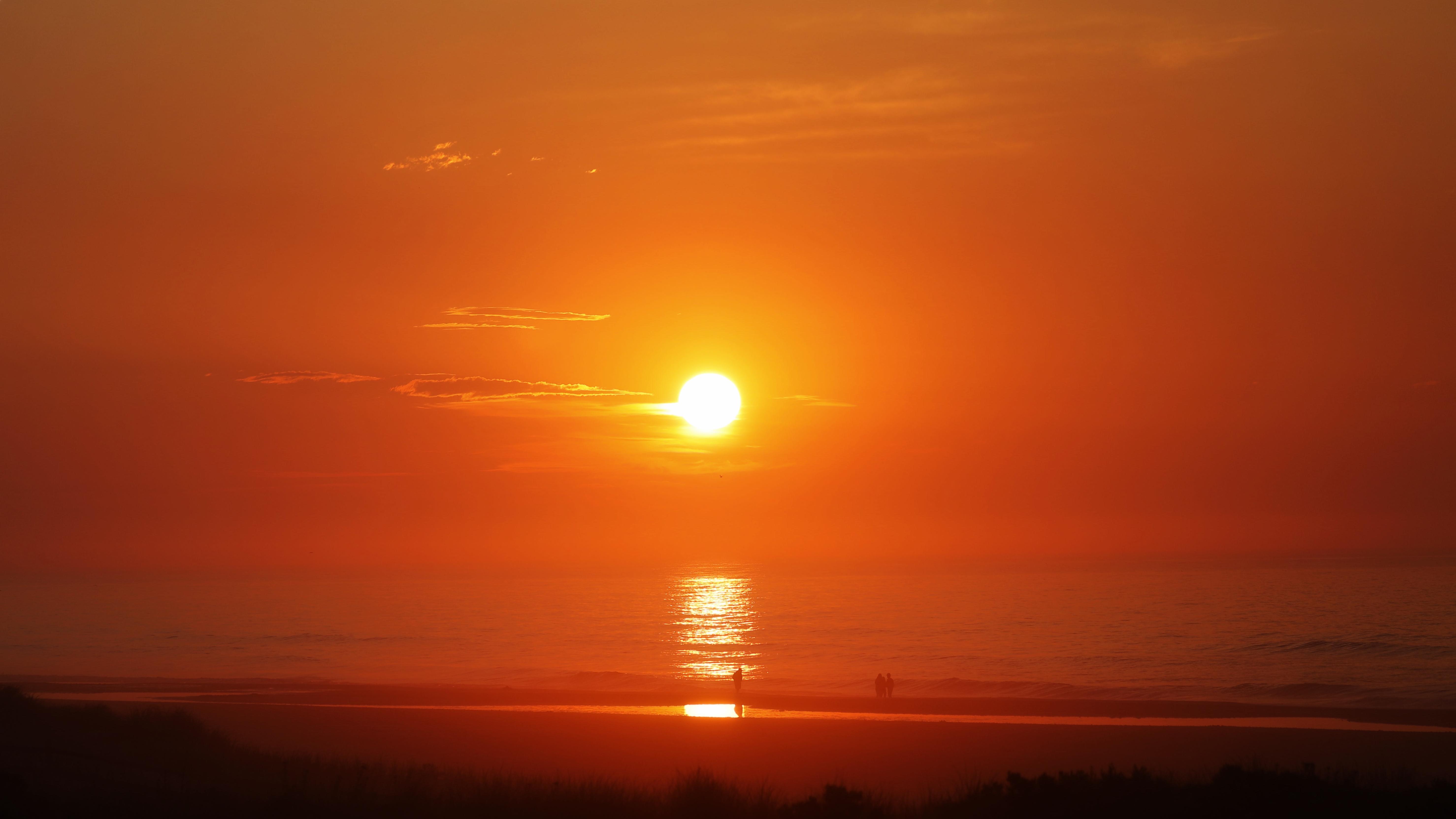 Sunrise over beach.