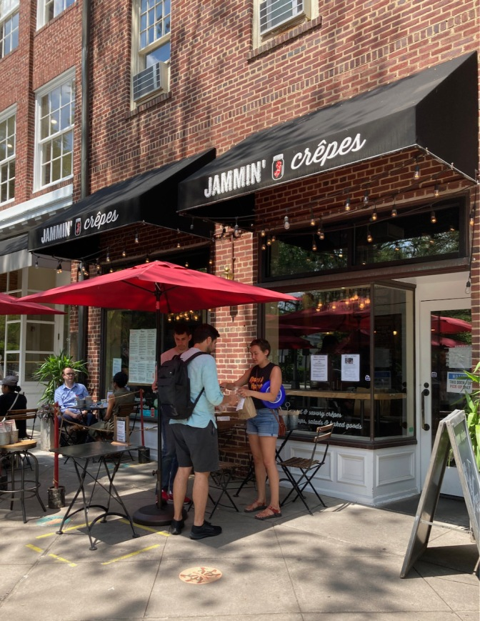 Exterior of Jammin' Crepes in Princeton.