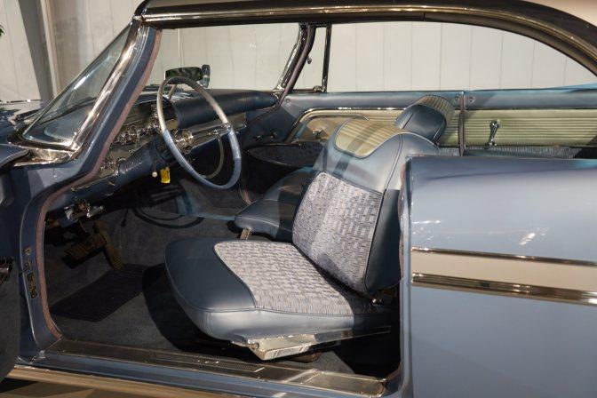 Swivel seat in 1959 DeSoto.
