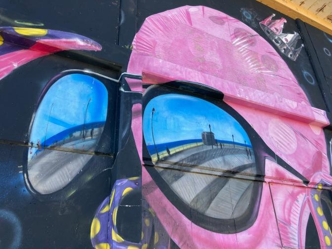 Mural of Octopus wearing sunglasses.